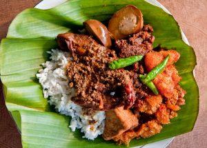 6 Makanan Khas Indonesia dan Asalnya